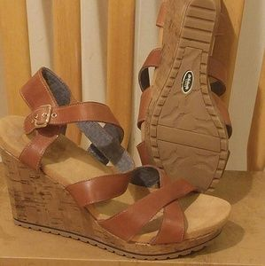 LEATHER WEDGE SANDALS, NEW